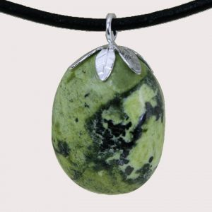 tumbled pendant with sterling silver ring serpentinite DTam-SER-001b