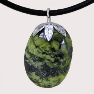 tumbled pendant with sterling silver ring serpentinite DTam-SER-002b